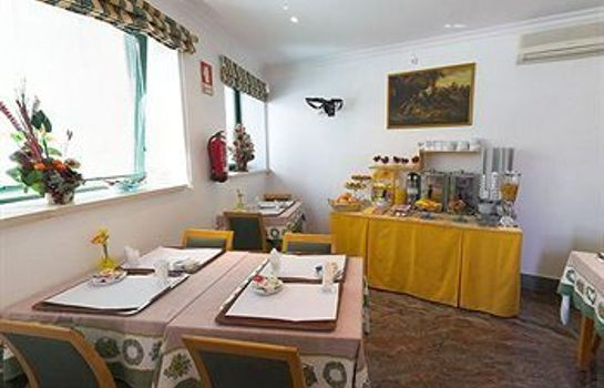 Breakfast room Real Caparica Hotel