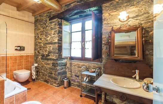 Bathroom Finca O Bizarro