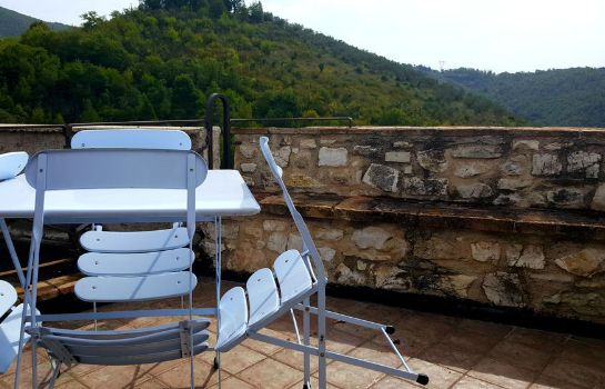 Terraza Castrum Resort