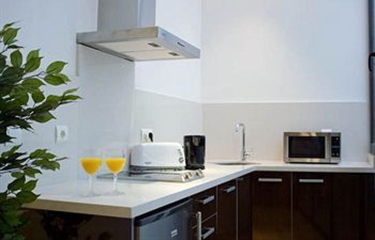 Kitchen in room Life Apartments Alberto Lista