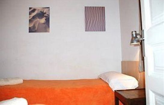 Single room (standard) Apartment Eixample