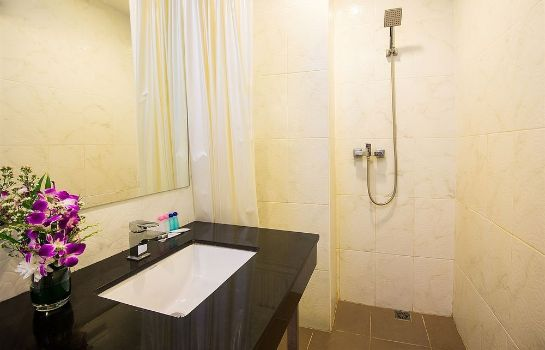 Bagno in camera Tuana Patong Holiday