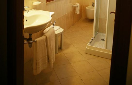 Bathroom Hotel Tiziana