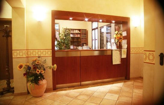 Reception Hotel Tiziana