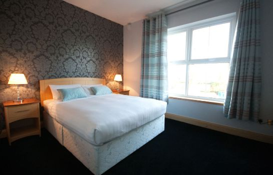 Standard room Dublin Airport Manor by The Key Collection