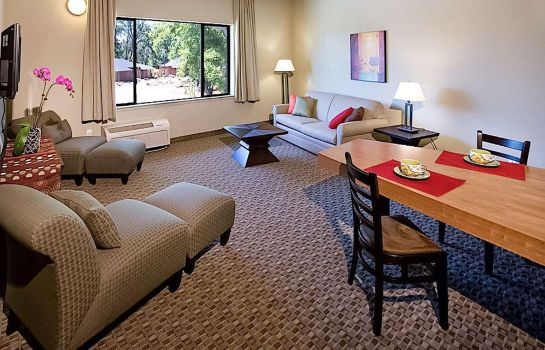 Room an Ascend Hotel Collection Member Gaia Hotel & Spa Redding