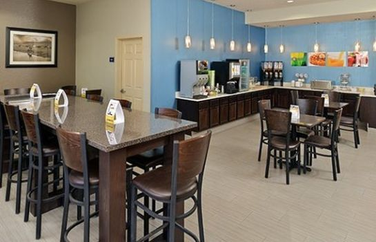Restaurante Quality Inn & Suites Carrizo Springs