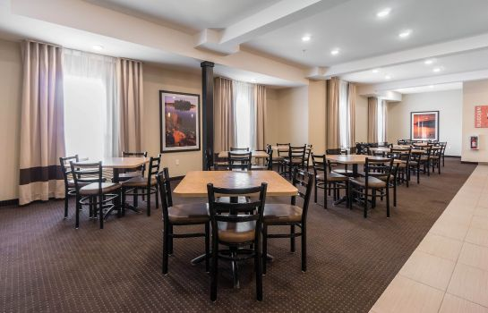 Restaurant Comfort Inn & Suites Fox Creek