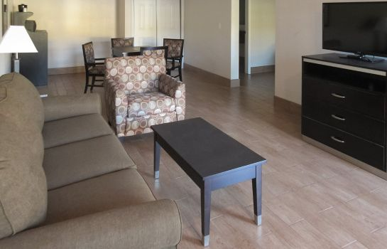 Kamers Quality Inn & Suites near Downtown Bakersfield