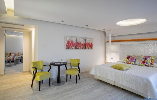 Suite Kouros Art Hotel
