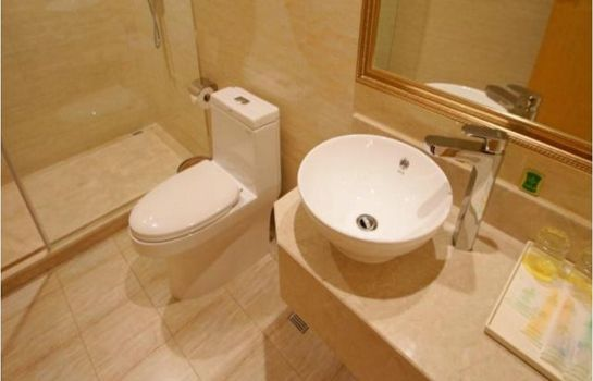 Bathroom Vienna International Hotel Songjiang Development