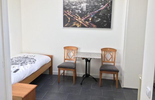 Single room (standard) Hotel De Witte Hoeck