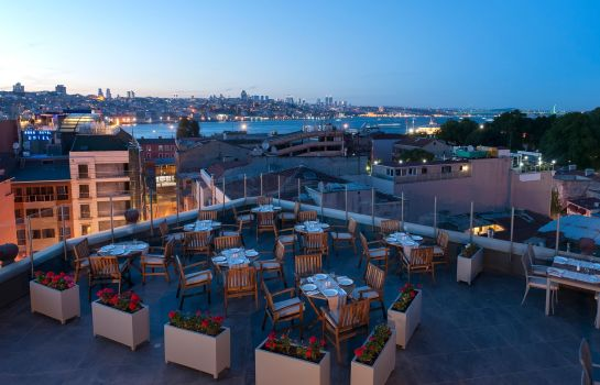Info DoubleTree by Hilton Istanbul - Sirkeci
