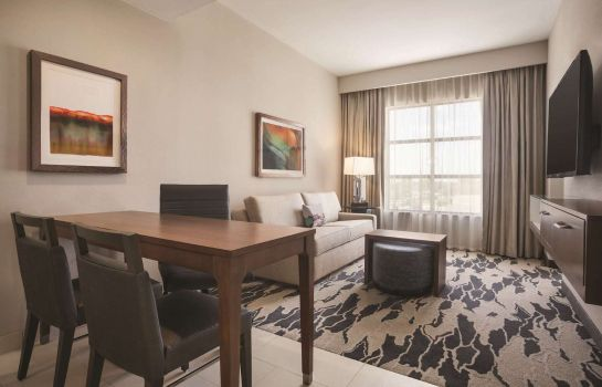 Kamers Embassy Suites by Hilton McAllen Convention Center