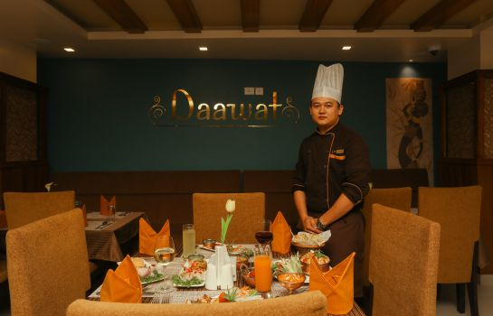 Restaurant 1 Yatri Suites & Spa