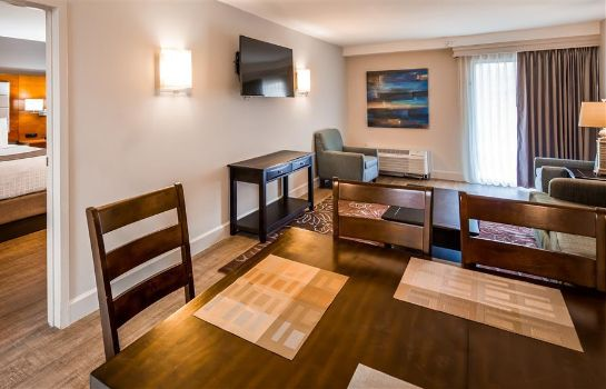 Suite BEST WESTERN OCEAN BREEZE INN