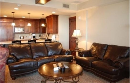 Suite THE PALMS BY WYNDHAM VACATION RENTALS
