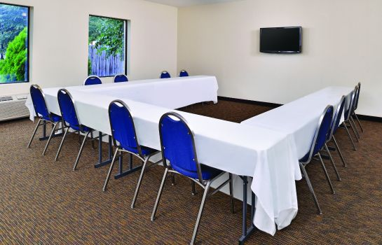 Conference room LA QUINTA INN STE LOCUST GROVE