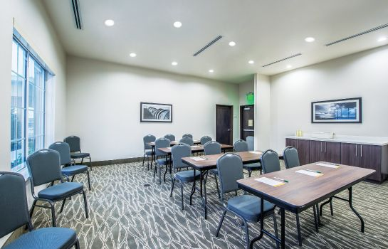 Conference room La Quinta Inn Ste Enid