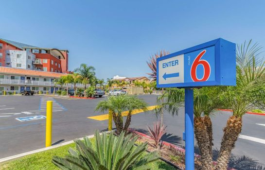 Außenansicht MOTEL 6 NATIONAL CITY CA