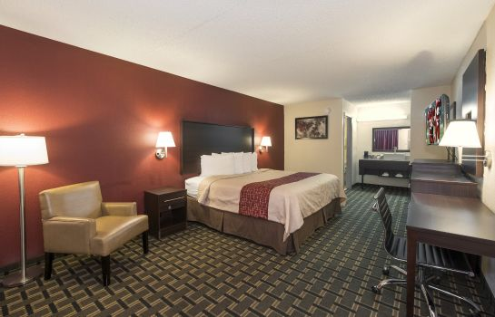 Room Red Roof Acworth