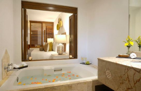 Suite VILLA PREMIERE HOTEL AND SPA
