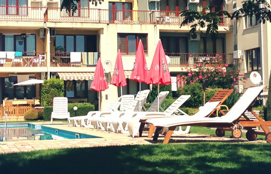 Jardín Varna Inn Sea park apartments