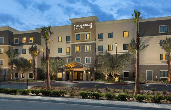 Vista esterna Staybridge Suites CORONA SOUTH