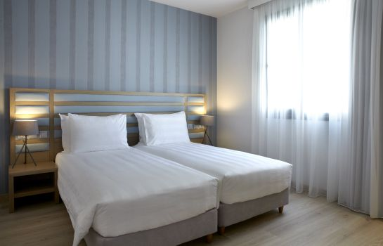 Single room (standard) Athens Tiare Hotel