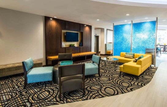 Vestíbulo del hotel Comfort Suites Fort Lauderdale Airport South & Cruise Port