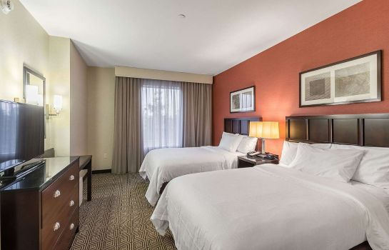 Zimmer Embassy Suites by Hilton Newark Airport