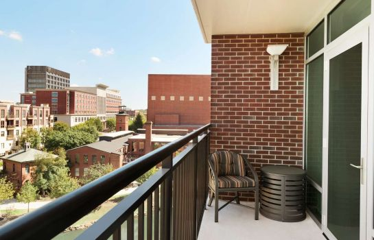 Chambre Embassy Suites by Hilton Greenville Downtown Riverplace