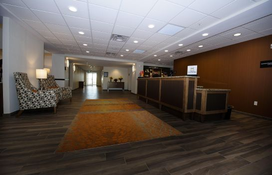 Lobby Hampton Inn - Suites Truro NS