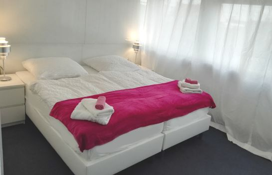 Double room (standard) Business Hostel Wiesbaden PRIME