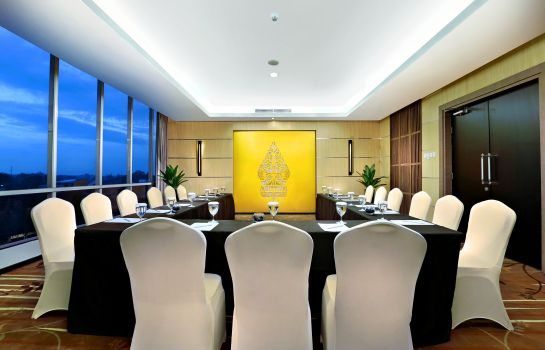 Meeting room Aston Madiun Hotel & Conference Center
