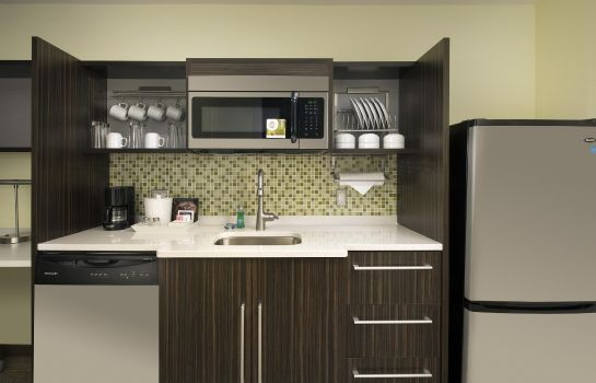 Hotel-Bar Home2 Suites Denver Intl Apt