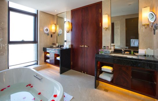 Bagno in camera Blue Horizon Yihai Garden Hotel