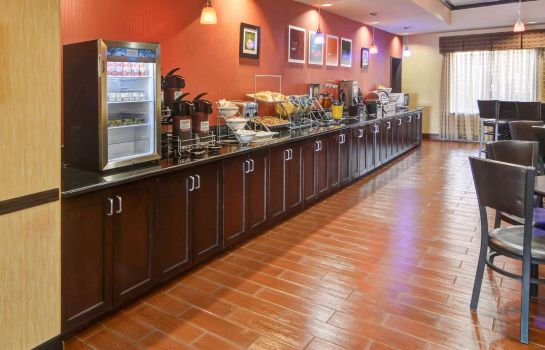 Restaurante Comfort Suites at Lake Worth