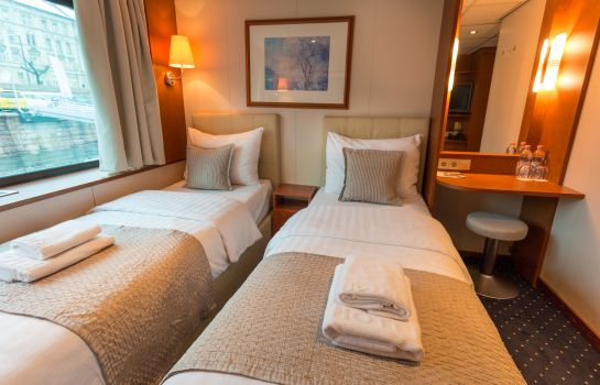 Double room (standard) MS Maribelle OnRiver Hotels