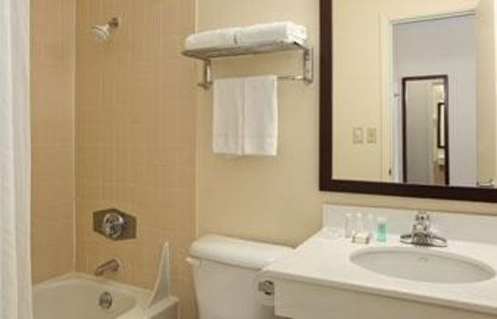 Zimmer Baymont Inn and Suites Jefferson City