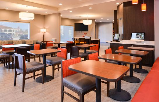 Restaurant TownePlace Suites Laplace