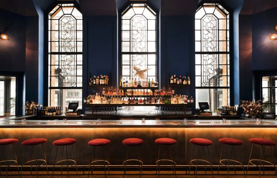 Hotel bar Bridgestreet at Beekman Tower