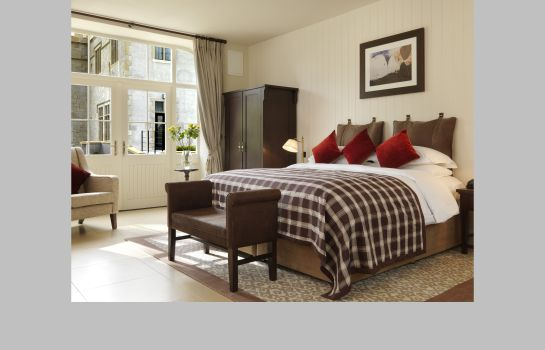 Suite SOLIS LOUGH ESKE CASTLE