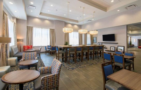 Zimmer Hampton Inn - Suites Tulsa Downtown OK