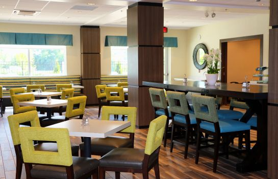 Restauracja Holiday Inn Express & Suites HENDERSONVILLE SE - FLAT ROCK