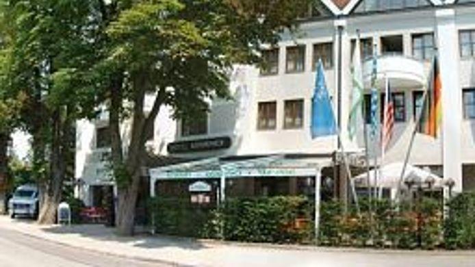 Hotel Kastanienhof Erding - 4 HRS Sterne Hotel: Bei HRS mit