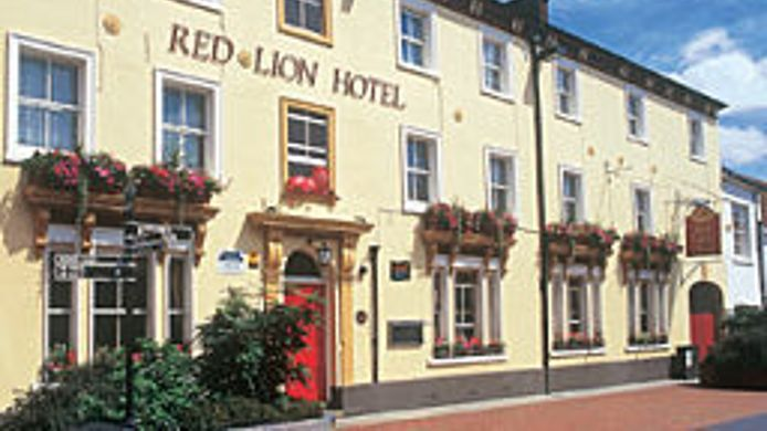 Exterior View Red Lion Hotel