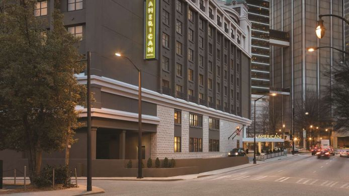 Vista exterior The American Hotel Atlanta Downtown - a DoubleTree by Hilton