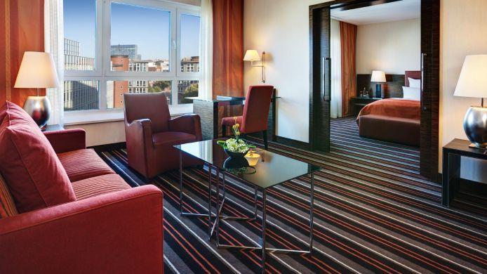 Hotel steigenberger hamburg 5 hrs sterne hotel bei hrs for Design budget hotel salinenparc 0 sterne