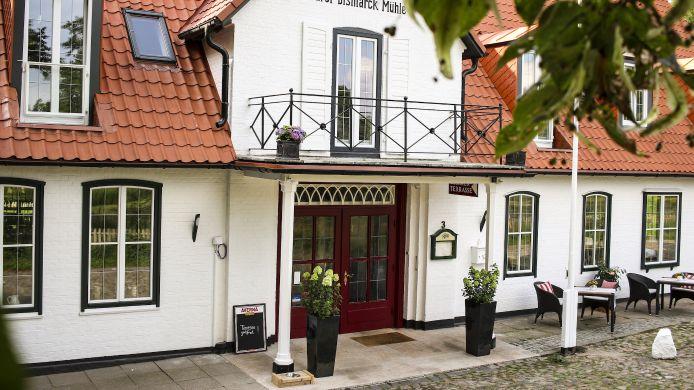 Hotel Furst Bismarck Muhle 3 Hrs Star Hotel In Aumuhle